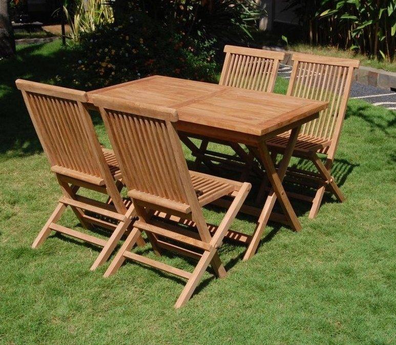 Як доглядати за дерев'яними садовими меблями?