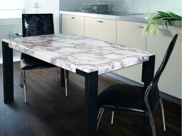 Обеденный стол из натурального камня