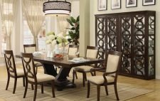 Кухня по фен-шуй: как выбрать место для обеденного стола?